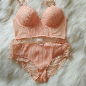 Anthropologie Peach Pleated Panty